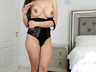 Joy Milla, Taunting With My Nice Tits And Nice Slit