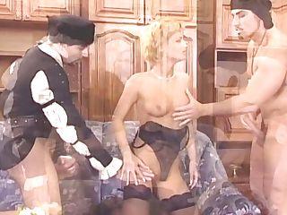 Loureen Smooch Lady In Shop